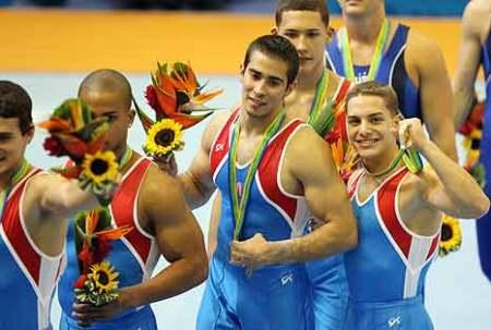 equipo-de-gimnasia-oro-en-panamericanos-foto-primerahoracom.jpg